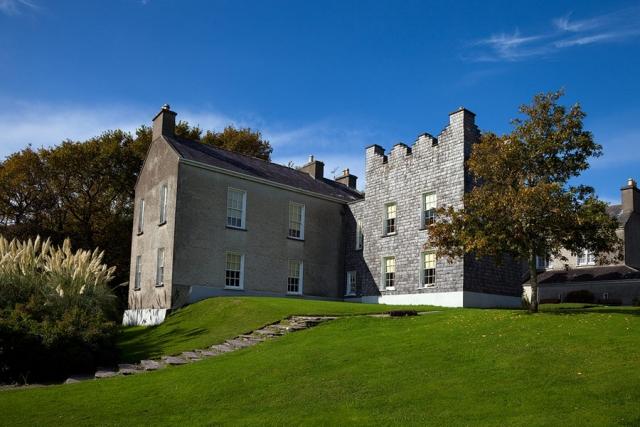 Derrynane-House